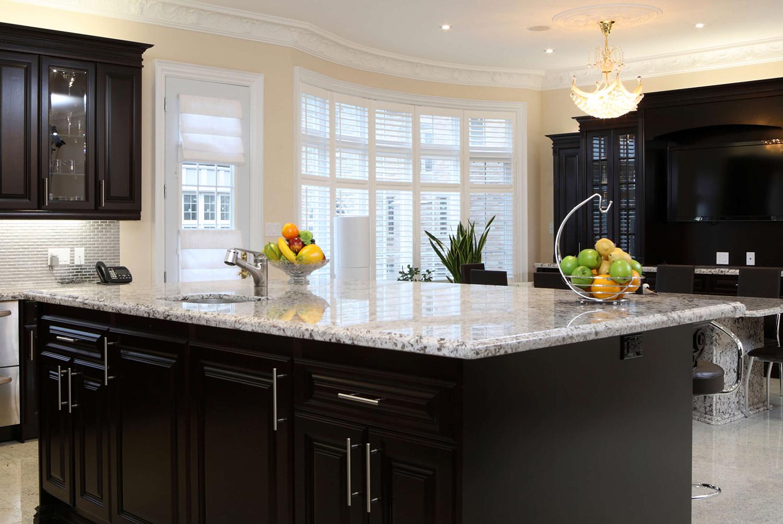 Sarasota-Granite-Quartz-contact